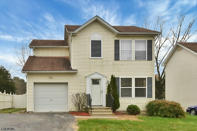Single Family Home for Rent at 38 Holly Drive Hamburg, New Jersey 07419 United States