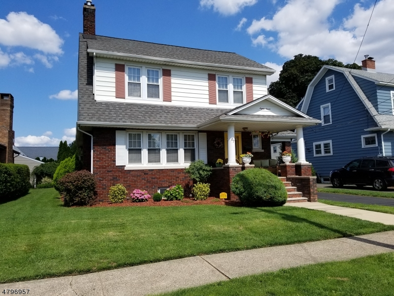 Single Family Home for Sale at 87 Elm Street Elmwood Park, New Jersey 07407 United States