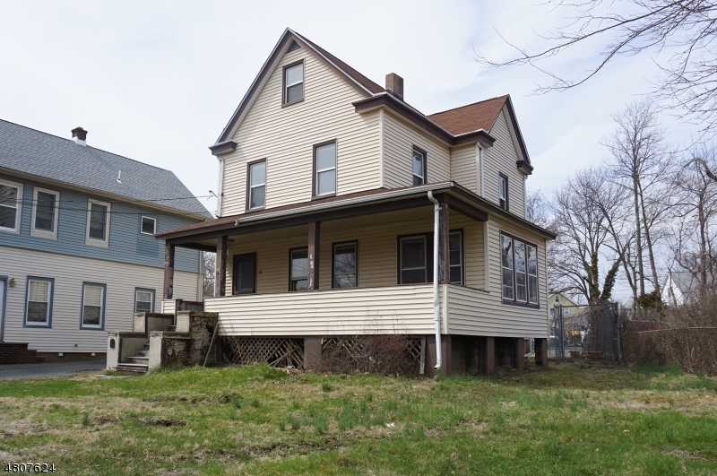 Single Family Home for Sale at 30 North Avenue Garwood, New Jersey 07027 United States
