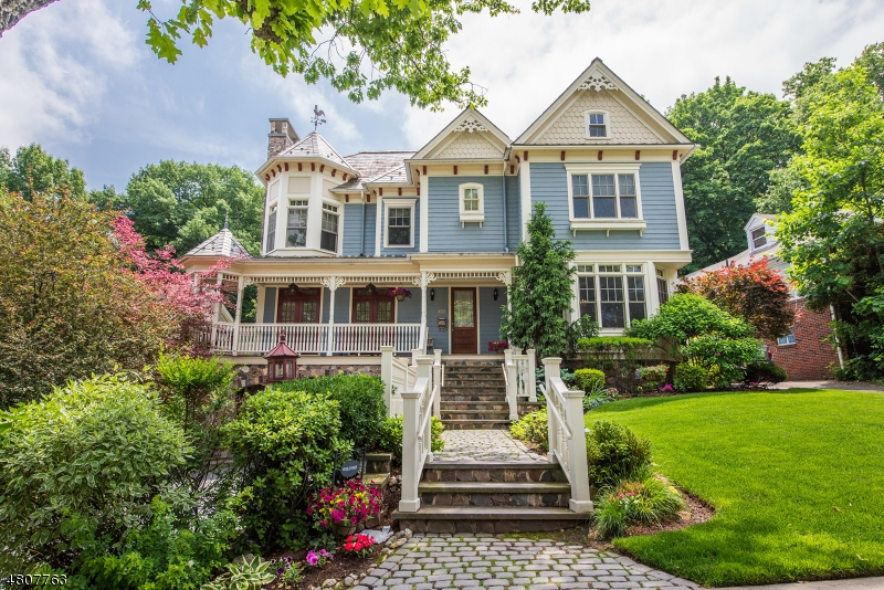Single Family Home for Sale at 105 Ridge Avenue Passaic, New Jersey 07055 United States