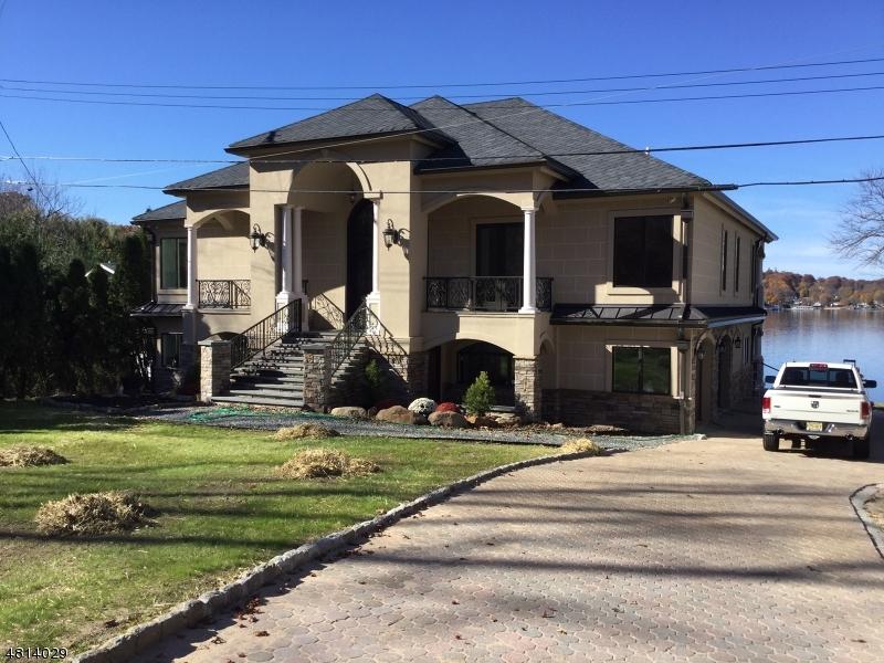 Nhà ở một gia đình vì Thuê tại 47 KING Road Roxbury Township, New Jersey 07850 Hoa Kỳ