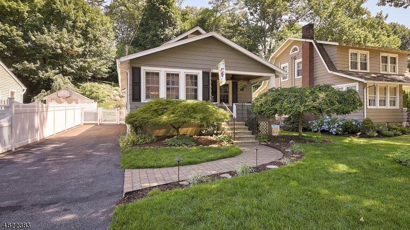 Tek Ailelik Ev için Satış at 92 CAREY Avenue Butler, New Jersey 07405 Amerika Birleşik Devletleri