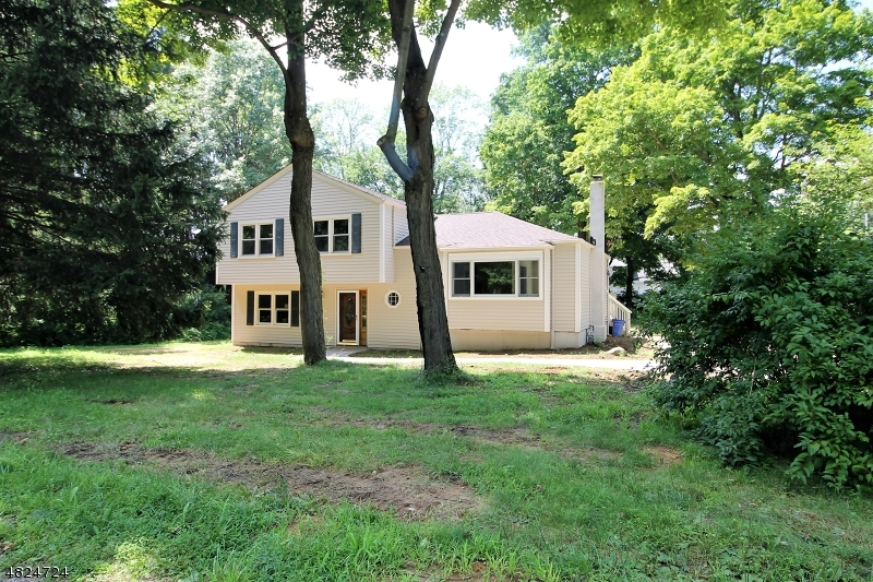 Single Family Home for Rent at 266 DOVER-CHESTER Road Randolph, New Jersey 07869 United States