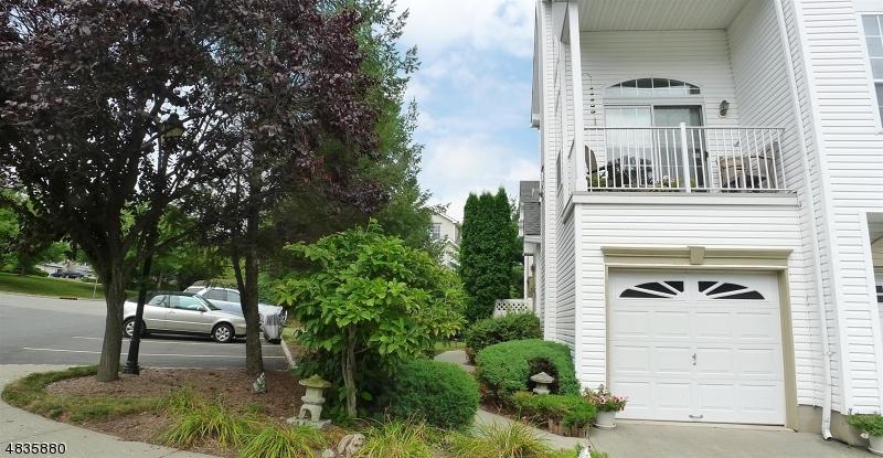 Condominio/ Casa de pueblo por un Alquiler en 73 HANCOCK Drive Morris Township, Nueva Jersey 07960 Estados Unidos