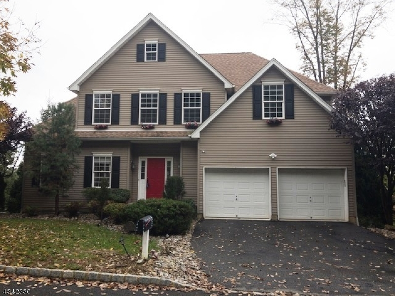 Single Family Home for Sale at 34 BOWERS Drive Allamuchy, New Jersey 07840 United States