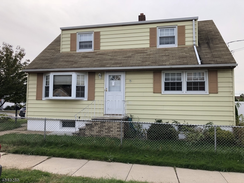 Single Family Home for Sale at 53 WEST Street North Arlington, New Jersey 07031 United States