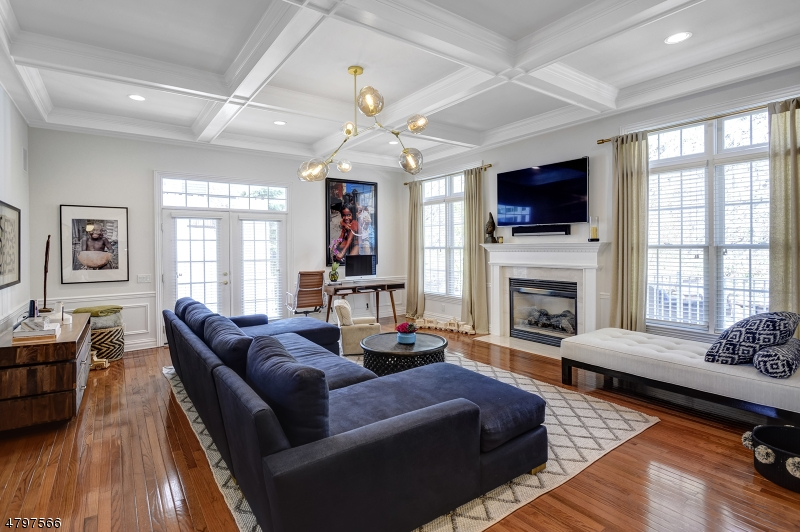 Condo / Townhouse for Sale at 50 TILLOU RD W South Orange, New Jersey 07079 United States