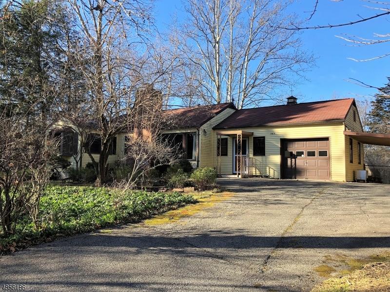 Property 為 出售 在 963 EDGEWOOD Drive Stillwater, 新澤西州 07860 美國