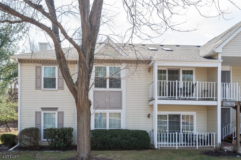 Condo / Townhouse for Sale at 2502 LINDSLEY Road Bridgewater, New Jersey 08807 United States