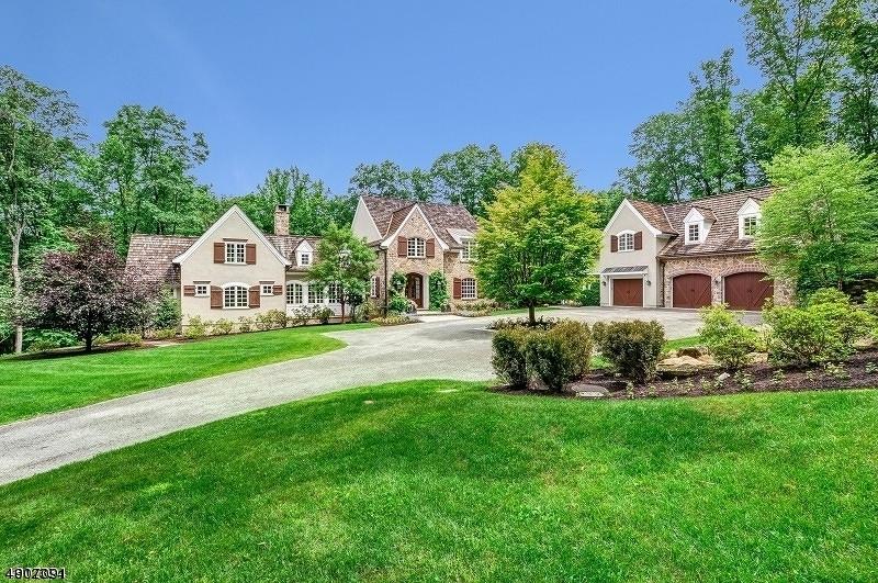 Частный односемейный дом для того Продажа на Tewksbury Township, Нью-Джерси 08833 Соединенные Штаты