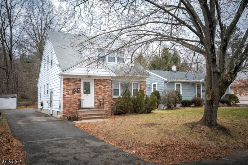Multi-Family Homes 为 销售 在 Wanaque, 新泽西州 07465 美国