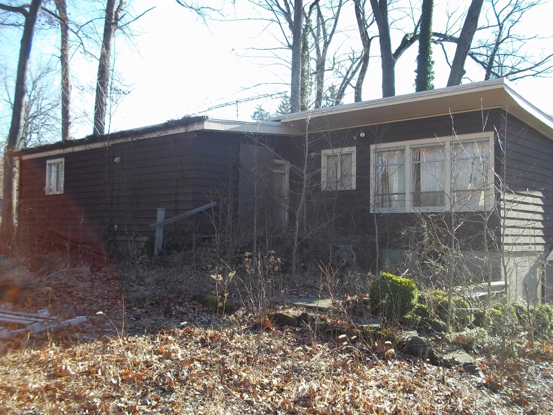 Additional photo for property listing at 115 W Greenbrook Road  North Caldwell, Нью-Джерси 07006 Соединенные Штаты