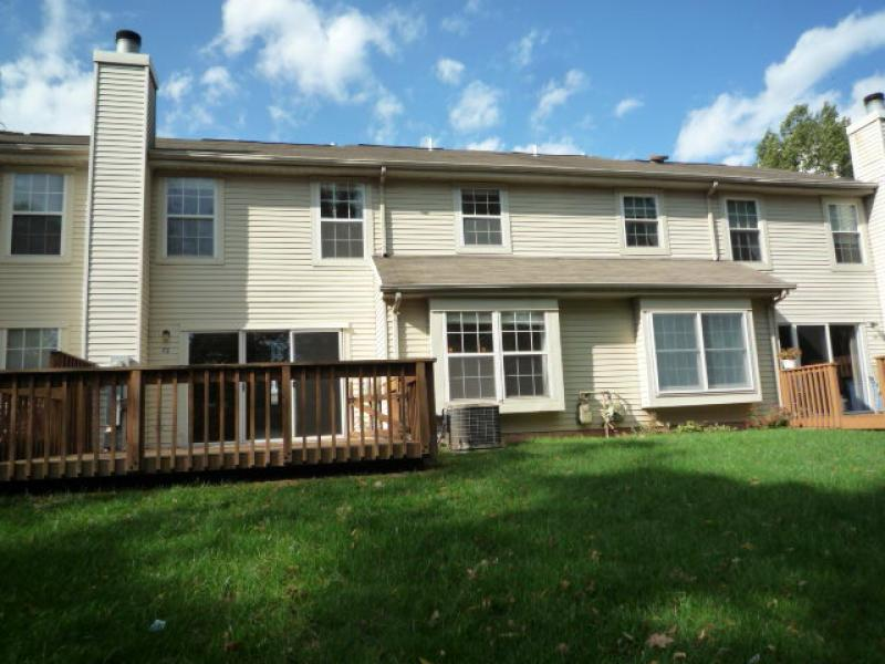 Additional photo for property listing at 75 Avebury Place  Somerset, Nueva Jersey 08873 Estados Unidos
