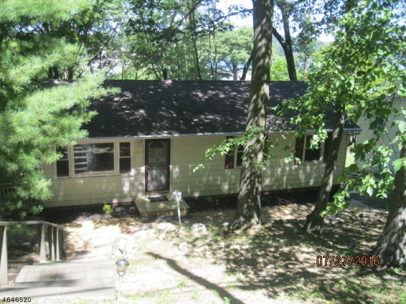 Additional photo for property listing at 441 Windemere Avenue  Mount Arlington, Нью-Джерси 07856 Соединенные Штаты