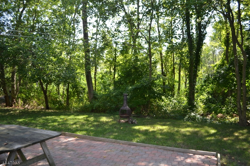 Additional photo for property listing at 417 Narragansette Avenue  Ocean Gate, New Jersey 08740 États-Unis
