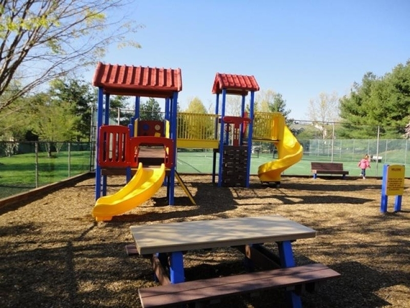Additional photo for property listing at 51 Woodward Lane  Basking Ridge, New Jersey 07920 United States