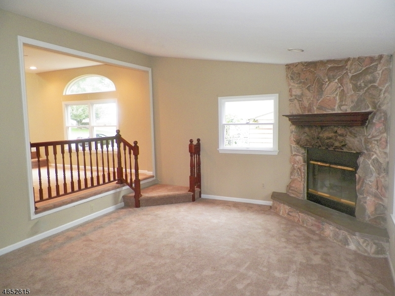 Additional photo for property listing at 127 College View Drive  Hackettstown, New Jersey 07840 United States