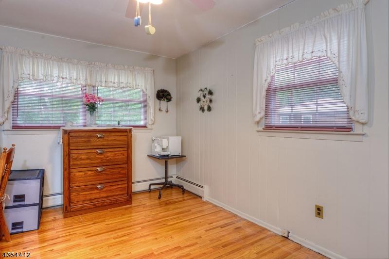 Additional photo for property listing at 6 Fern Court  Bridgewater, Nueva Jersey 08807 Estados Unidos
