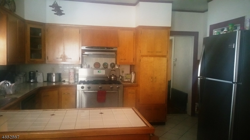 Additional photo for property listing at 18-20 SHEPHARD Avenue  Newark, New Jersey 07112 United States