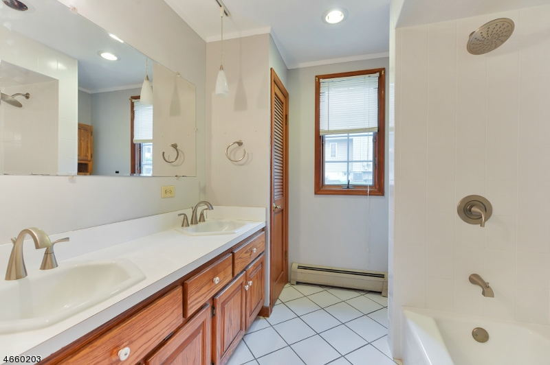 Additional photo for property listing at 9 Center Street  Netcong, 新泽西州 07857 美国