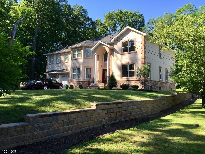 Single Family Home for Sale at 19 Park Road Morris Plains, 07950 United States
