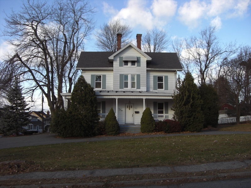 Casa Unifamiliar por un Alquiler en 232-238 CLAREMONT Avenue Verona, Nueva Jersey 07044 Estados Unidos