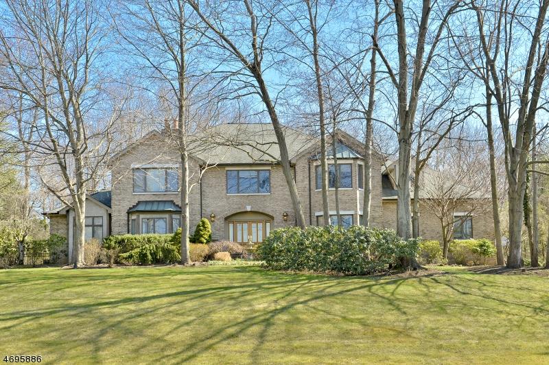 Maison unifamiliale pour l Vente à 104 Sherwood Road Norwood, New Jersey 07648 États-Unis
