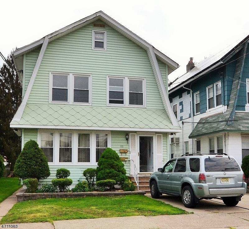 Casa Unifamiliar por un Alquiler en 63 KENSINGTON TER Passaic, Nueva Jersey 07055 Estados Unidos