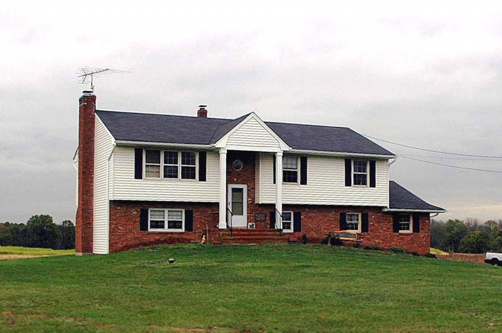 独户住宅 为 出租 在 580 New Centre Road 希尔斯堡, 新泽西州 08844 美国