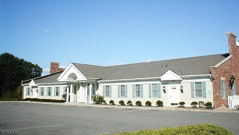 Comercial por un Alquiler en 135 Newton Sparta Road Andover, Nueva Jersey 07860 Estados Unidos