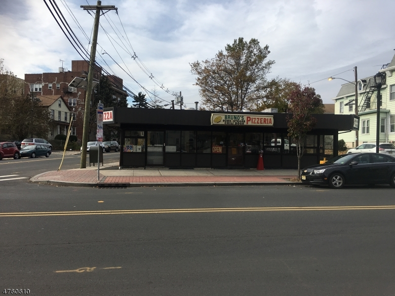 Additional photo for property listing at 500 Morris Avenue  Elizabeth, Nueva Jersey 07208 Estados Unidos