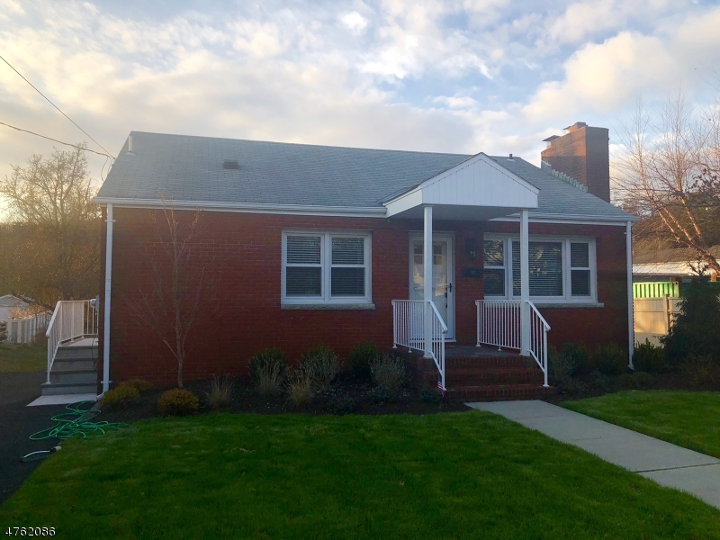 Single Family Home for Rent at 855 Ringwood Avenue Wanaque, New Jersey 07420 United States