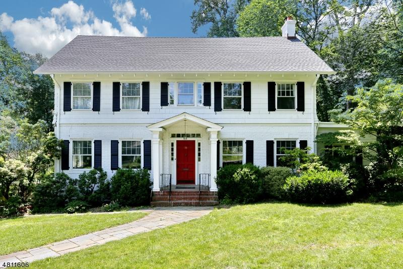Casa Unifamiliar por un Venta en 58 EUCLID Avenue Maplewood, Nueva Jersey 07040 Estados Unidos