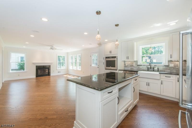 Maison unifamiliale pour l à louer à 308 WHITE OAK RIDGE ROAD Millburn, New Jersey 07078 États-Unis