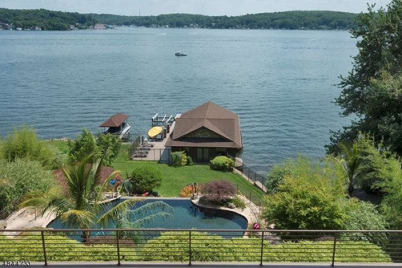Additional photo for property listing at 38 BYRAM BAY RD 38 BYRAM BAY RD Hopatcong, New Jersey 07843 United States