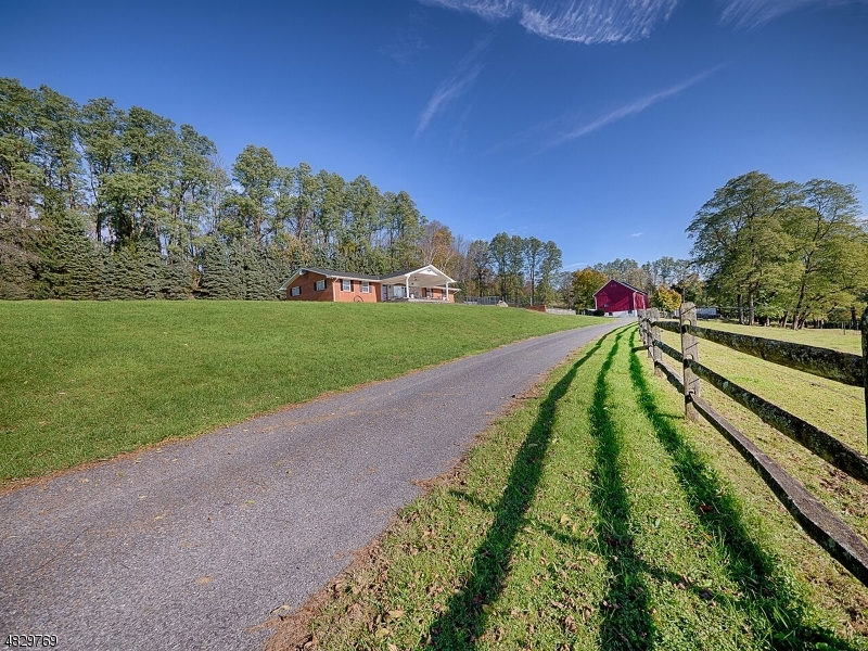 Single Family Home for Sale at 1741 Raub Lane Phillipsburg, New Jersey 08865 United States