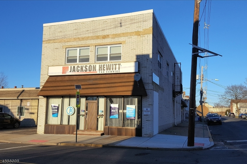 Comercial para Venda às Address Not Available Lyndhurst, Nova Jersey 07071 Estados Unidos