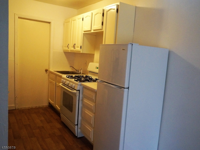 Single Family Home for Rent at 6 dennis ave apt b rear 6 dennis ave apt b rear High Bridge, New Jersey 08829 United States