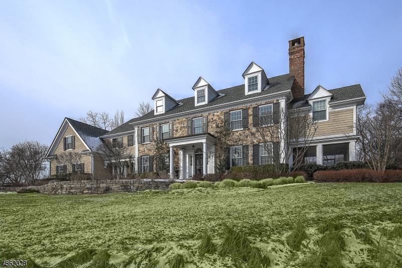 Maison unifamiliale pour l Vente à 19 RAMSEY Road Clinton, New Jersey 08833 États-Unis