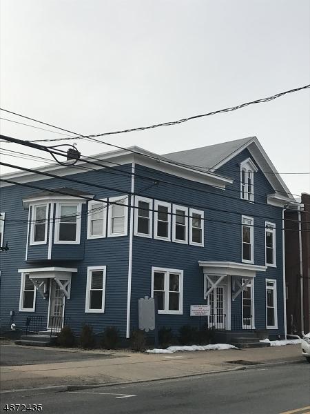商用 为 出租 在 228 MAIN Street 哈克特斯镇, 新泽西州 07840 美国