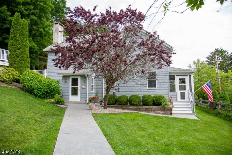 Single Family Homes por un Venta en Frelinghuysen Township, Nueva Jersey 07825 Estados Unidos