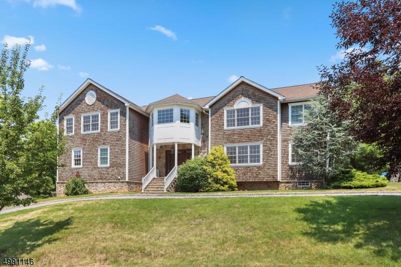 Single Family Homes voor Huren op Millburn, New Jersey 07078 Verenigde Staten