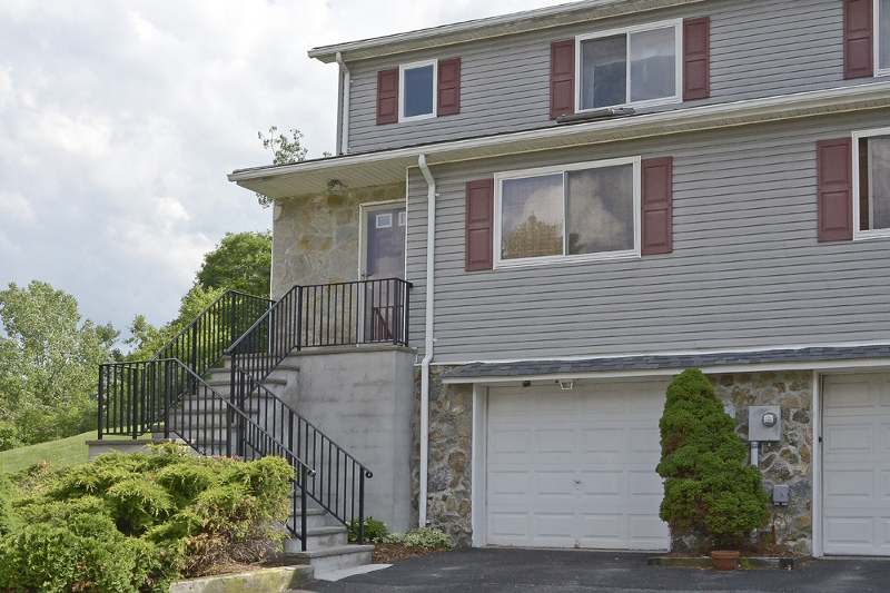 Single Family Home for Sale at 26 Tor Place Hopatcong, New Jersey 07843 United States