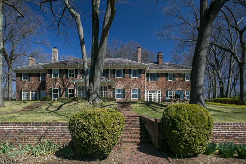 Additional photo for property listing at 2 Oak Forest Lane  Mendham, New Jersey 07945 United States