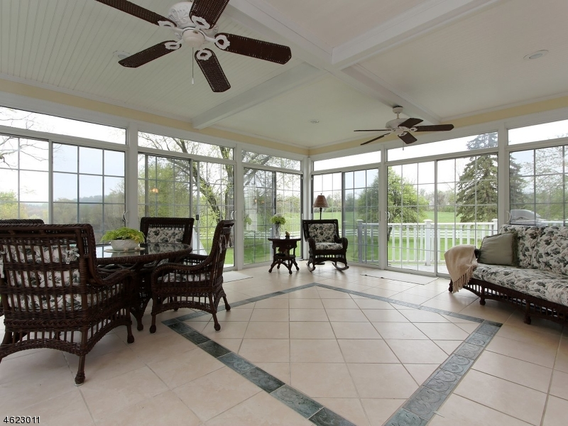 Additional photo for property listing at 784 County Road 579  Pittstown, Нью-Джерси 08867 Соединенные Штаты