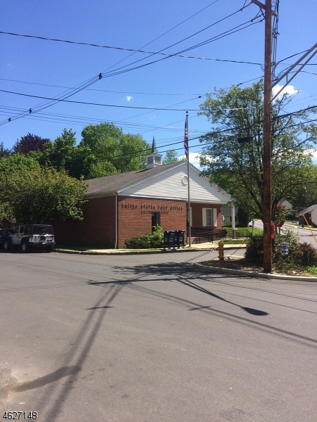 Additional photo for property listing at 53 Main Street  Califon, Нью-Джерси 07830 Соединенные Штаты