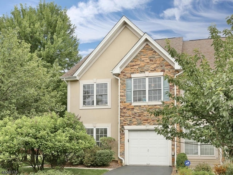 Additional photo for property listing at 27 Magnolia Way  Haledon, New Jersey 07508 United States