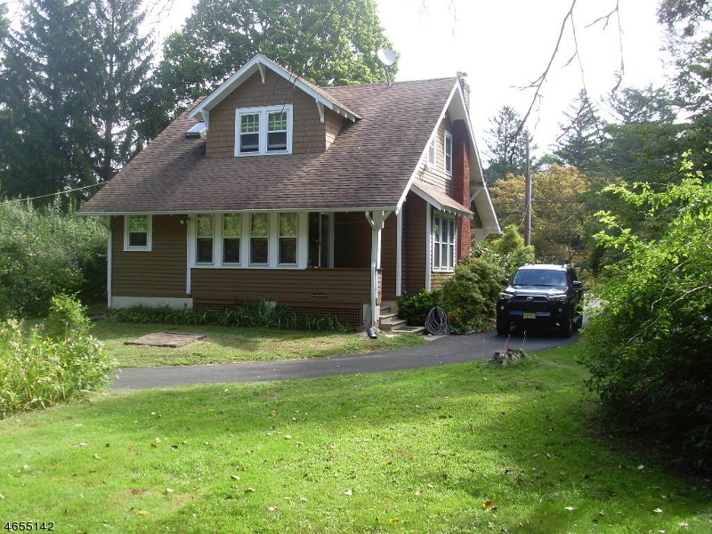 Additional photo for property listing at 1413 Macopin Road  West Milford, New Jersey 07480 États-Unis