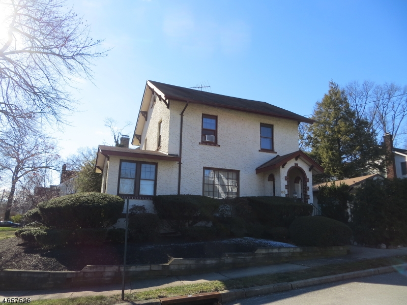 Additional photo for property listing at 63 Grandview Avenue  Glen Rock, Нью-Джерси 07452 Соединенные Штаты
