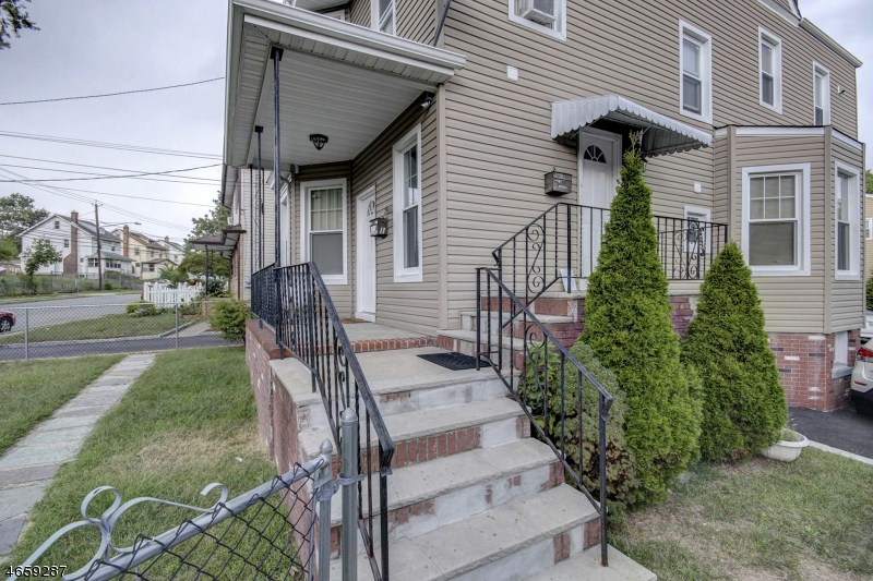 Additional photo for property listing at 350 Joralemon Street  Belleville, Nueva Jersey 07109 Estados Unidos